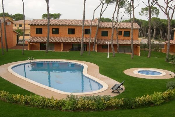 Alquiler villa en Pals